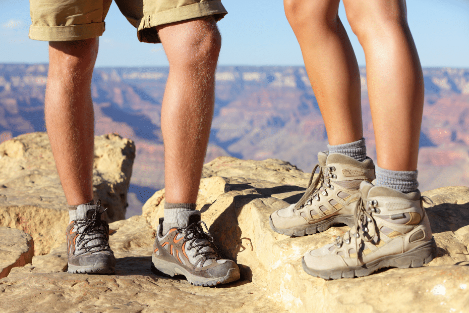 hoge of lage wandelschoenen